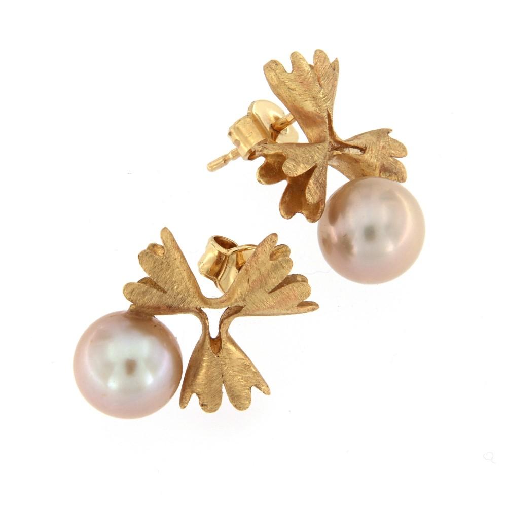 Auskarai su natūraliais perlais